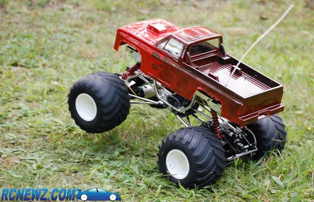 Tamiya Clod Buster wheelie
