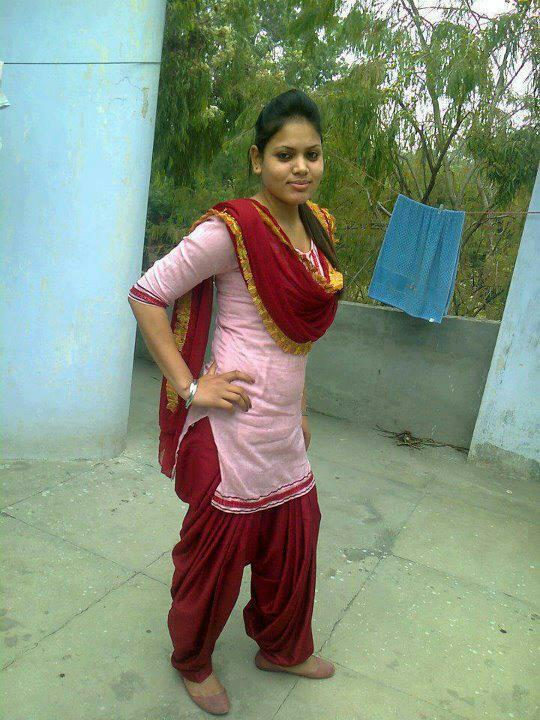 Hot Punjabi Girl - Most Beautiful Punjabi Girls-5128