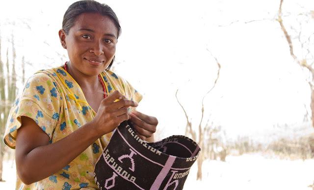ethical fashion, ethical fashion blog, ethical fashion uk bag review, castellano ethical origins blog review, castellano ethical fashion bag, ethical fashion wayuu, wayuu world castellano, castellano review,