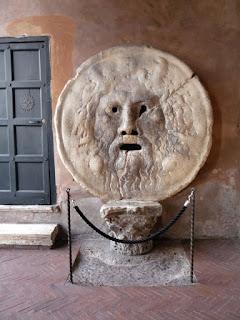 Máscara famosa de Roma