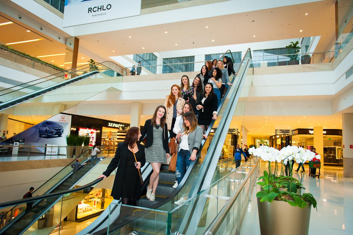 b97772e925 Pudemos conhecer alguns desses espaços e também algumas lojas novas que  abriram. Lembrando que o Shopping Iguatemi Poa é reconhecido como o melhor  Shopping ...