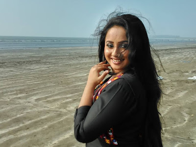 Bhojpuri Actress Rani Chatterjee Hot Photo in Black Dress