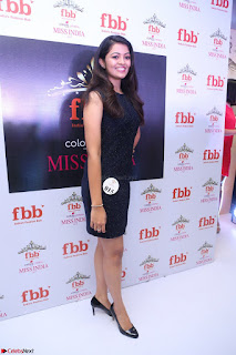 Model Shreya Kamavarapu in Short Black Dress at FBB Miss India 2017 finalists 068.JPG