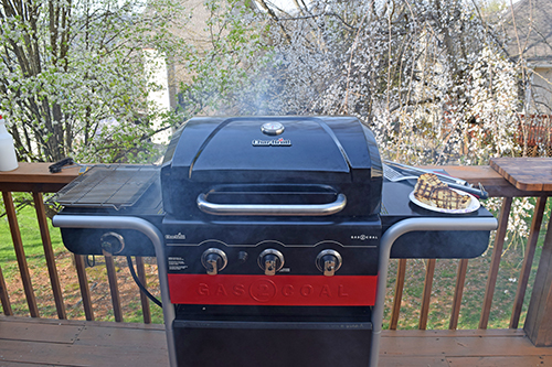 Char-Broil gas to coal hybrid great for spring grilling