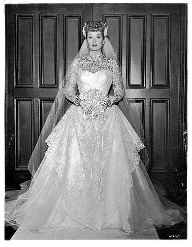 Phyllis Loves Classic Movies: Cinema Wedding Gowns: The Long, Long ...