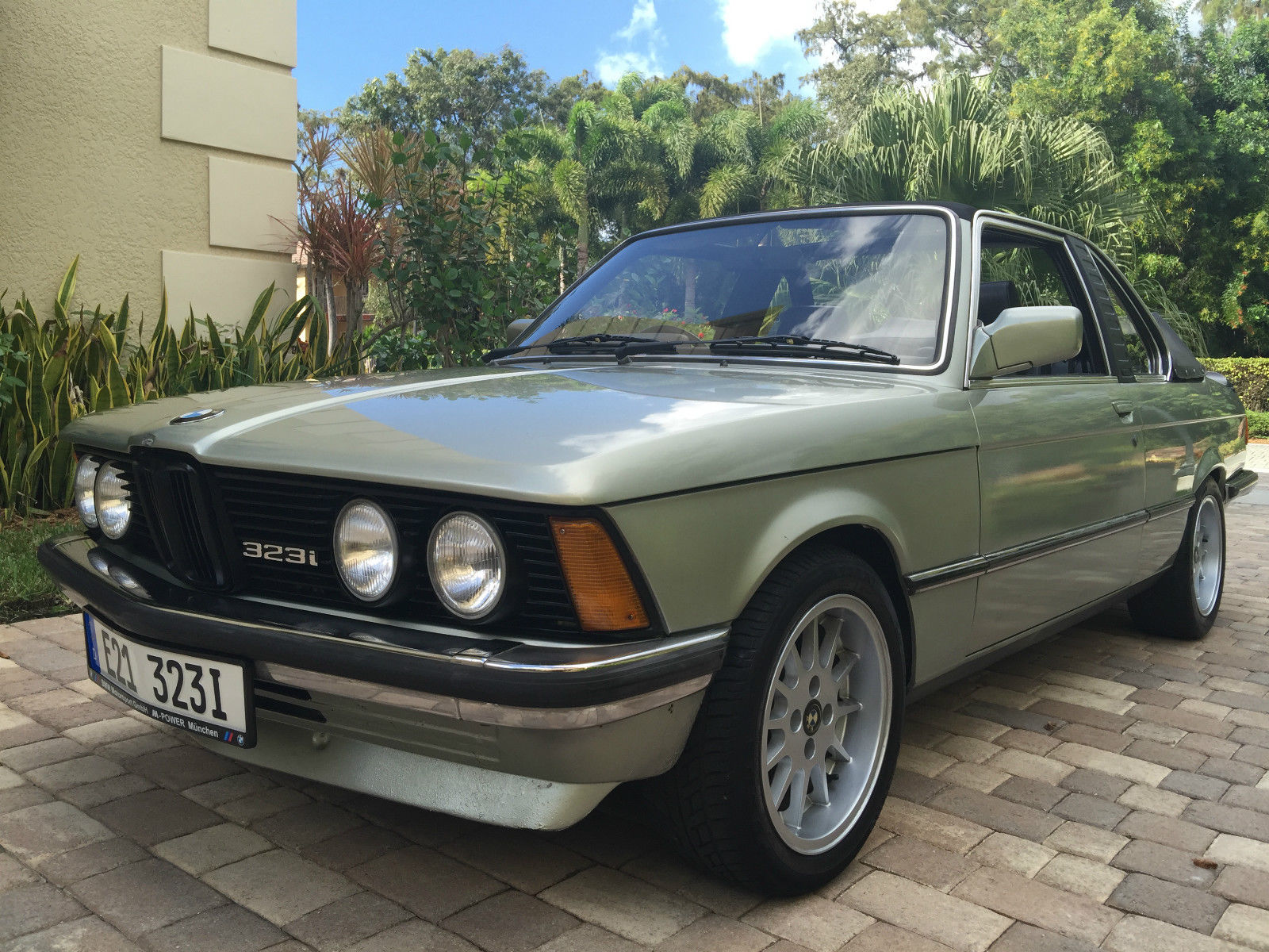 baurspotting rhd 1982 bmw e21 323i baur in florida. Black Bedroom Furniture Sets. Home Design Ideas
