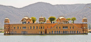 jaipur jal mahal,places to visit in jaipur,jaipur tourist places