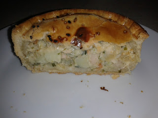 Plenty salmon pie