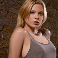 What is the height of Lauren German?
