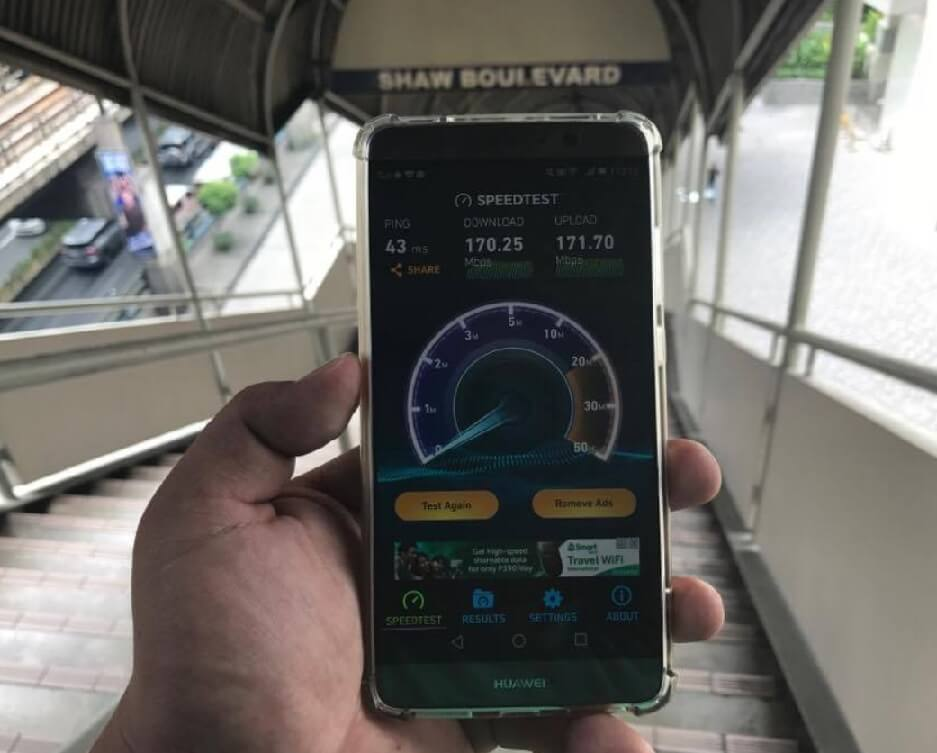 Globe Provides FREE Wi-Fi Access at MRT and EDSA