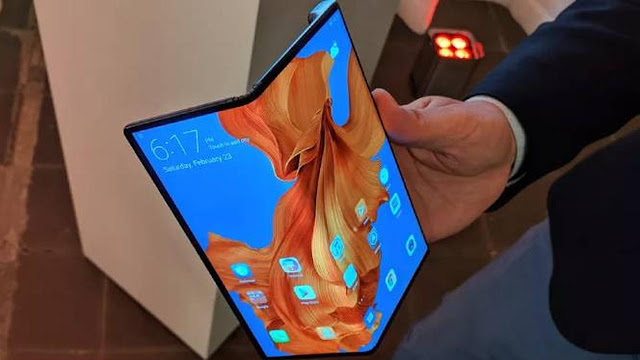 Huawei Mate X Smartphone Foldable Screen With 5G Network