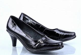 Model-Sepatu-Kerja-Untuk-Wanita