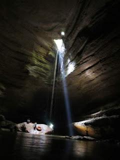 gua sinjang lawang