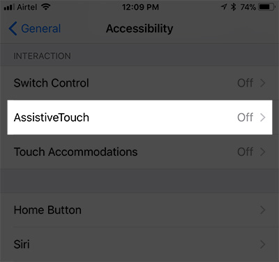 Tap AssistiveTouch di bagian Interaction