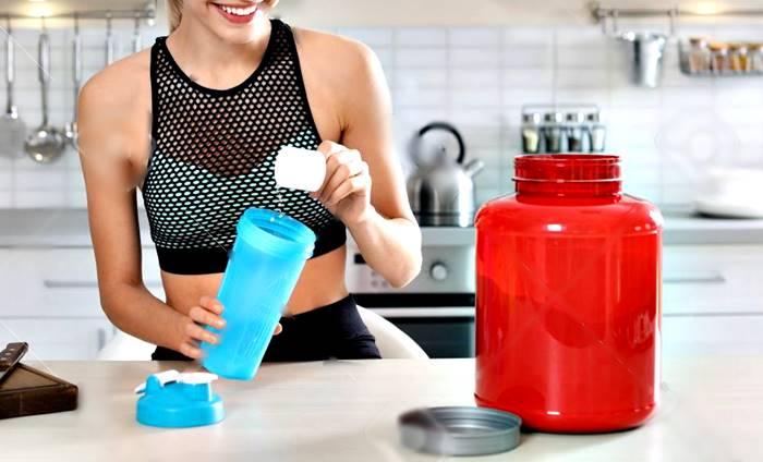 Las mujeres también pueden tomar batidos de proteínas en ayunas