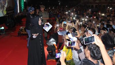 Wafiq Azizah Ramaikan Pembukaan MTQ Kabupaten Tangerang