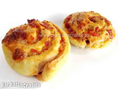 Doua mini pizza (imaginea retetei)
