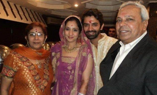 Barun Sobti Family Wife Son Daughter Father Mother Marriage Photos Biography Profile
