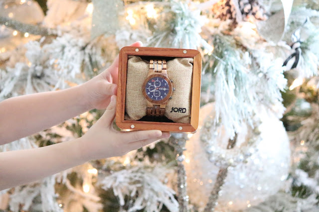 http://woodwatches.com/#meohmycouture