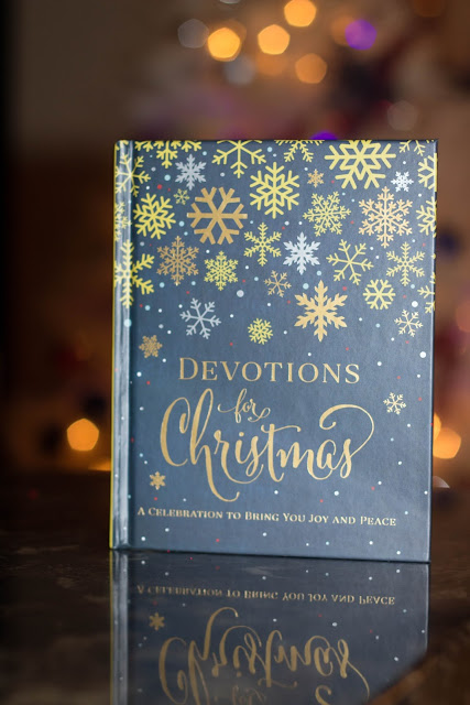 Book Review: Devotions for Christmas Published by Zondervan