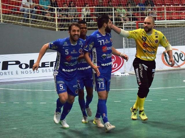 Willian Peru vibra com o retorno do Joaçaba ao grupo dos oito e projeta duelo contra o Corinthians