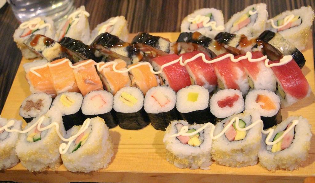 Sample Rolls and Maki of Genji-M that can be served on the Timed-Buffet