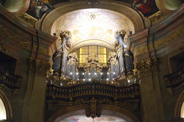 vienne innere stadt peterskirche église saint-pierre orgue baroque 1er premier arrondissement