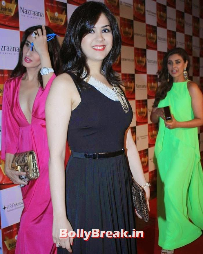 Neha Lulla, Pics of Celebs in Sexy Dresses & Gowns at Gemfields & Nazraana Retail Jeweller India Awards 2014
