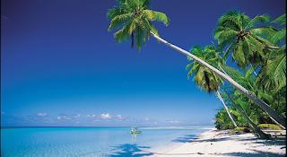 Paradisíaca playa de Tahití, antes de que acudan los turistas.