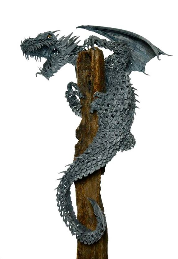 04-Dragon-Alan-Williams-Animals-Sculptured-with-Recycled-and-Upcycled-Metal-www-designstack-co