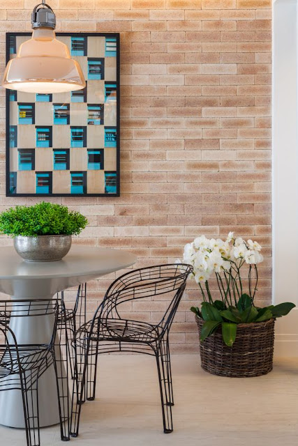 varanda-luxo-parede-tijolinhos