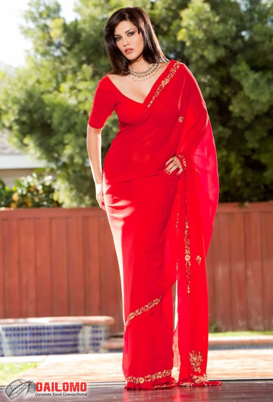 Kashmira Shah Sunny Leone Photos In Sexy Red Saree-6246