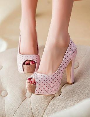 Model Sepatu Sandal High Heels Untuk Lebaran Terbaru
