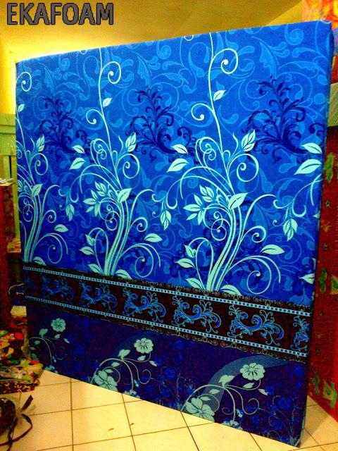 kasur inoac terbaru 2016 motif bunga biru januari