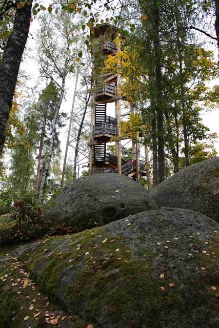 Waldviertel - Aussichtsturm in der Blockheide Gmünd © Copyright Monika Fuchs, TravelWorldOnline