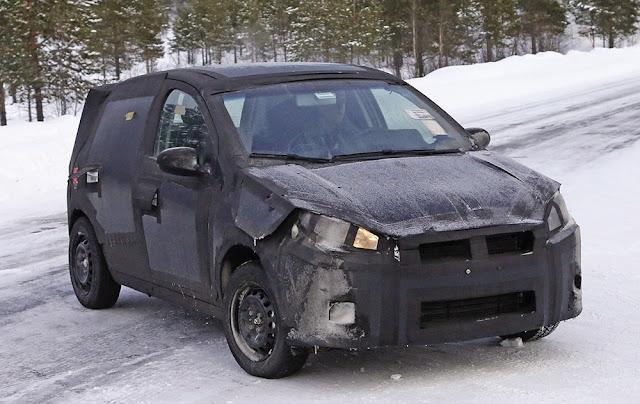 Fiat X6H: o sucessor do Punto - flagra e informações