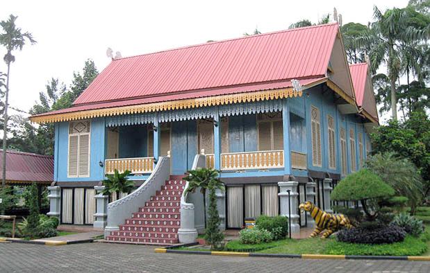 460 Sketsa Gambar Rumah Adat Riau HD Terbaik
