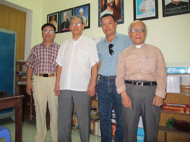 Cuộc hội ngộ thú vị và ý nghĩa với linh mục Nguyễn Văn Lý