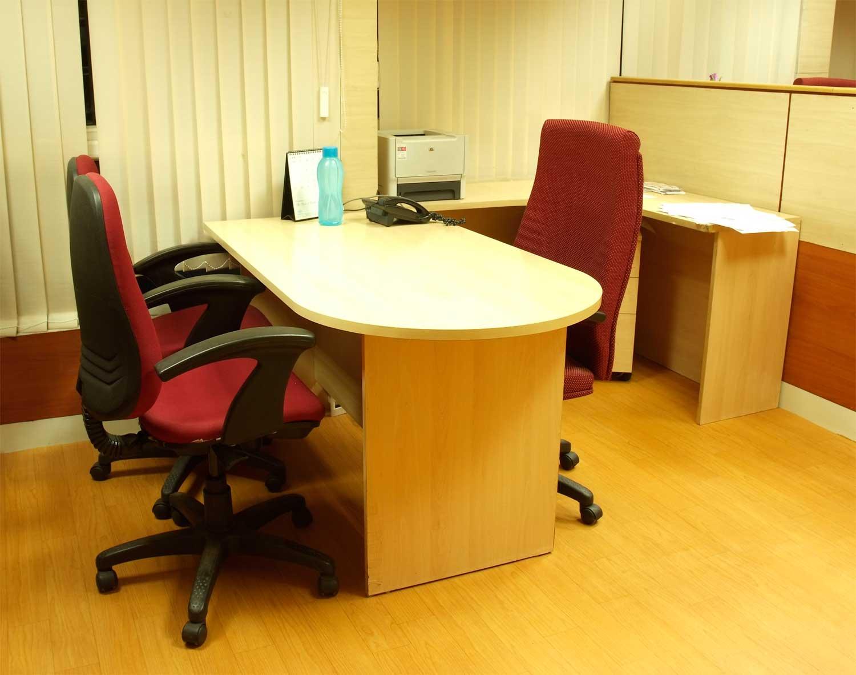 FURNITURE: Office Desk