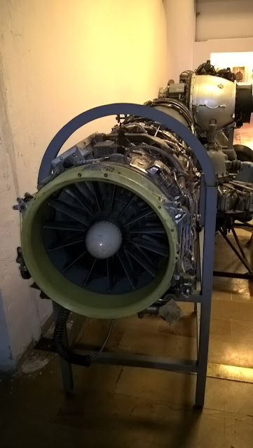 Eski Savaş Uçağı Jeti Motoru, turbofan