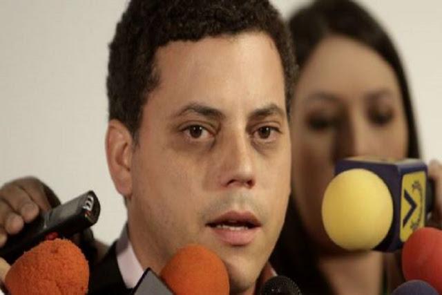 Maduro removió al vicepresidente de finanzas de PDVSA Simón Zerpa