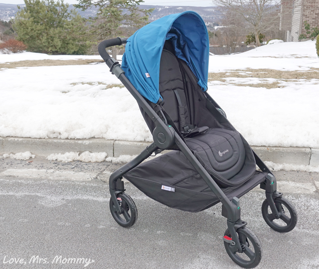And Chicco Car Seats With The Seat Adapter So You Can Put Your Sleeping Baby Right In Stroller Without Having To Carry Around That Cumbersome