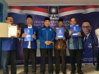 <b>Serahkan SK Dukungan, Ketua PAN NTB Optimis Balon Kada Yang Diusung PAN Menang Pilkada</b>
