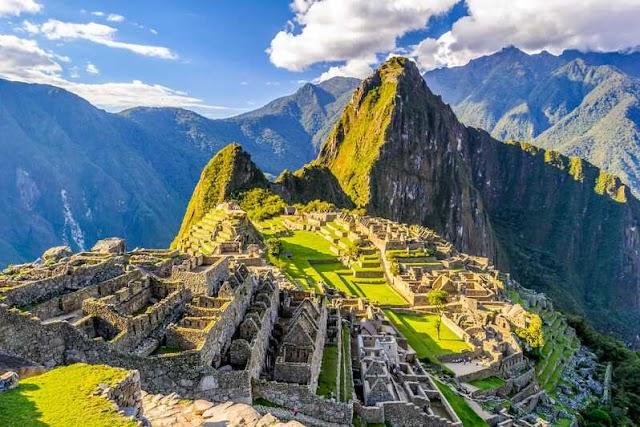 Dünyanın Yedi Yeni harikası listesine eklenen Machu Picchu hangi ülkededir?