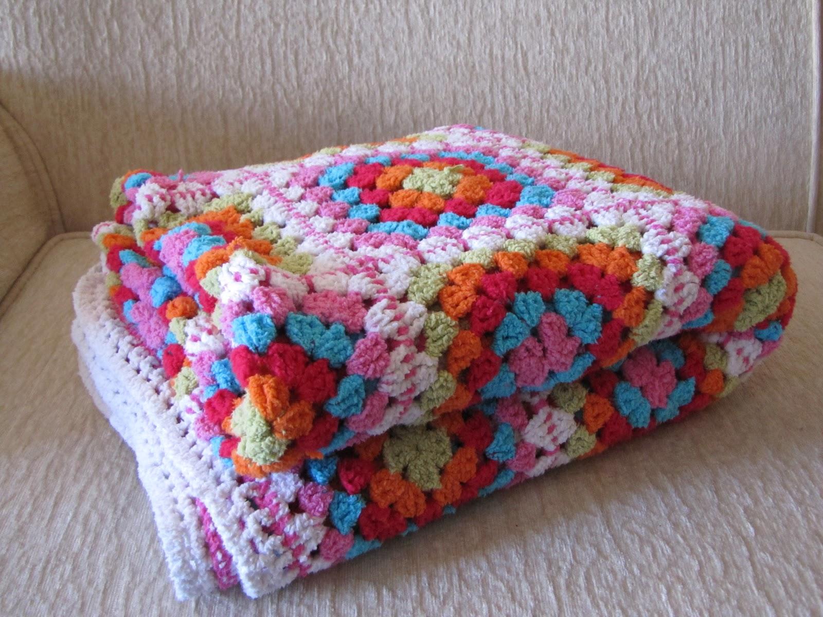 Colcha de la abuela a ganchillo for Mantas de lana hechas a mano