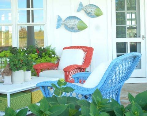 cottage porch decor