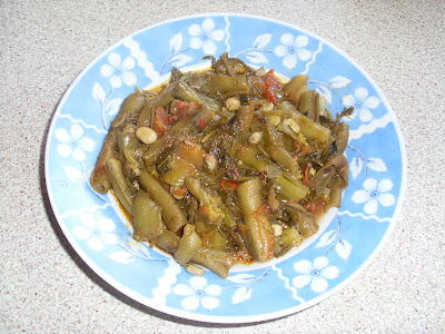Πιατο με κουκιά φρέσκα μαγειρεμενα με ανηθο και φρέσκο κρεμμύδι ,λαδερά,φαγητό ωραίο Ανοιξιάτικο,ταιριαζει με γιαουρτι σαν συνοδευτικό