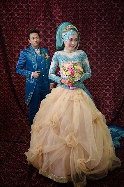 kebaya pengantin muslim