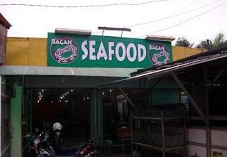 http://www.teluklove.com/2017/05/pesona-keindahan-wisata-bagan-seafood.html