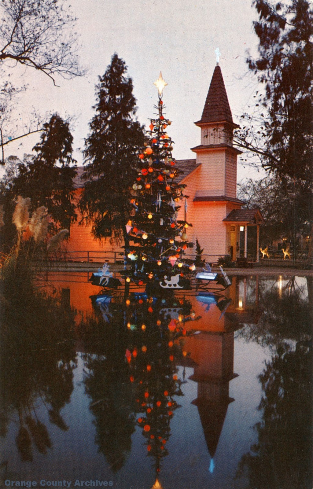 O.C. History Roundup: The Church of Reflections, Knott\'s Berry Farm